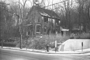 The Seaman House, now the site of the Cold Spring Harbor Post Office